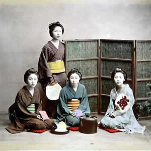 100年前の日本をカラー写真で見る
